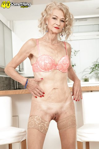 skinny housewife