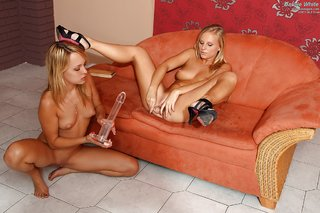 erotic lesbian friends
